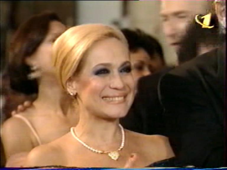http://teleamerica.narod.ru/fg_por_amor_16.jpg