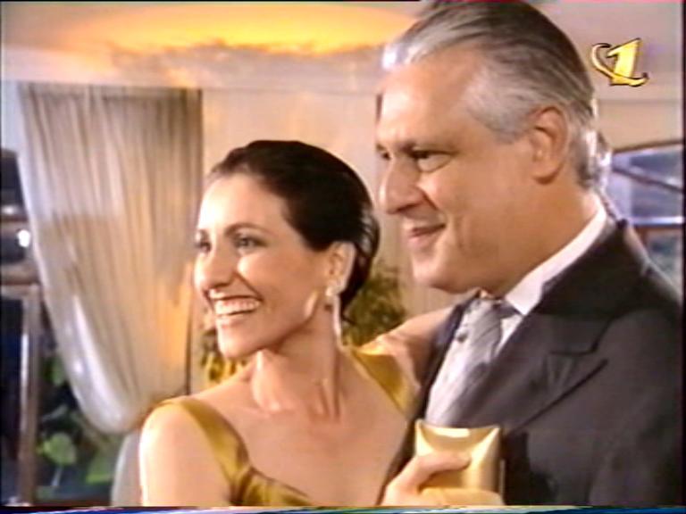 http://teleamerica.narod.ru/fg_por_amor_21.jpg