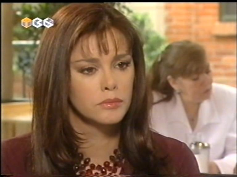 Женщина с характером/Golpe Bajo  Fggolpebajo86